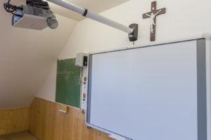 Gödöllő, Szent Imre Katolikus Általános Iskola – TouchBoard interaktív tábla szettek