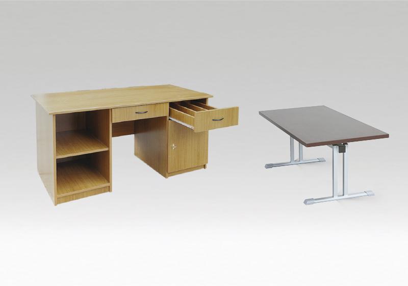 Könyvtári asztalok