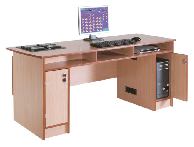 Nyelvi labor tanári asztal, laminált