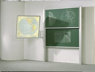 Vario függetlenmozgó kétfelületű falitábla