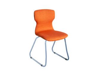 Szánkótalpas Soliwood szék, telikárpitos