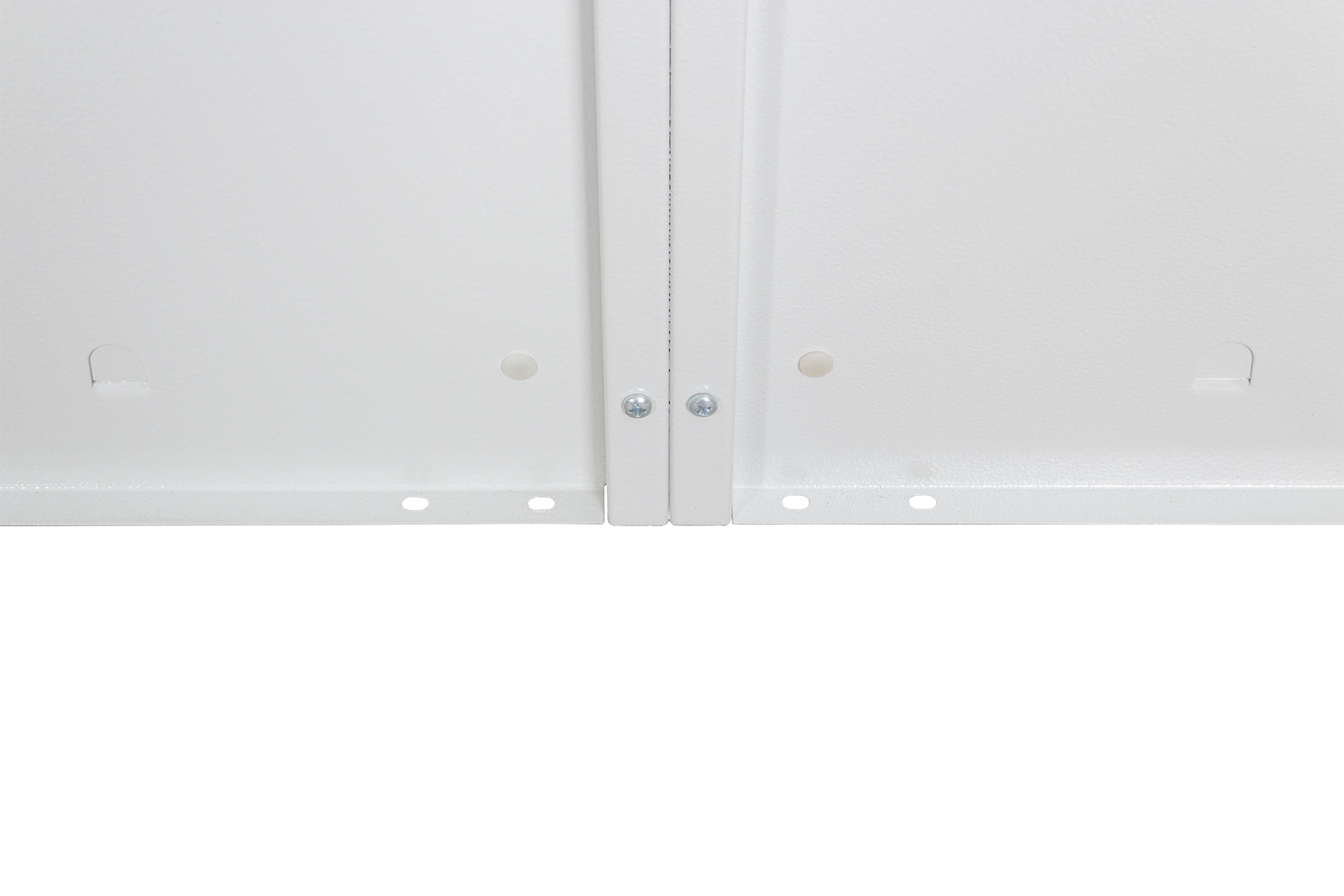 4 személyes, Z-ajtós, fém