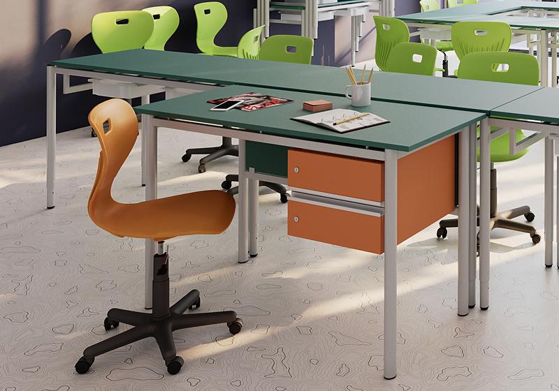 Tanári székek